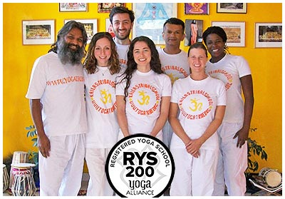 200 hour yoga teacher trainng in india at dharamsala